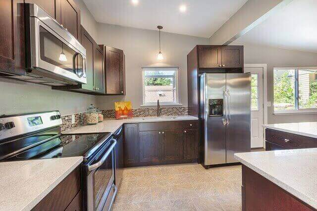 KITCHEN CLEANED AND SANITIZED BY MYDUST CLEANING SERVICES NYC